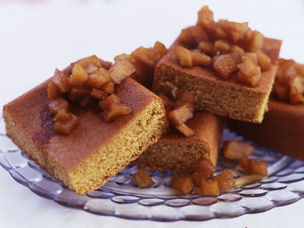 森のコーンミールケーキ